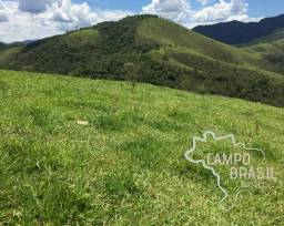 Ótima área rural com vista linda para as montanhas da região!