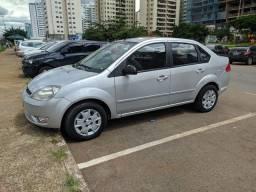 Fiesta Sedan completo 1.6 - Flex , Dute em Branco
