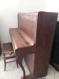 Piano F. Essenfelder (Usado)