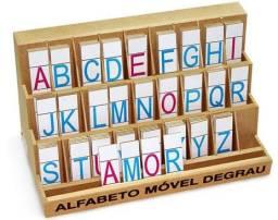 Alfabeto móvel degrau