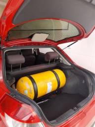 Chary celler  2016 com kit gás 5 geração,troco em moto ou suv....
