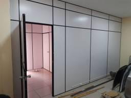 Divisórias com vidros e portas seminovas
