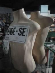 Título do anúncio: Dois manequins