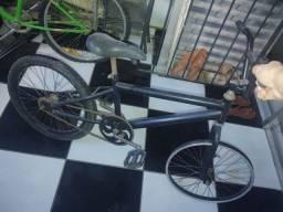 Título do anúncio: Bike aro 20 preta
