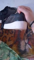 Título do anúncio: Roupas e calçados