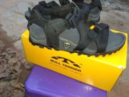 Vendo sandália adventure da Bull terrier n40