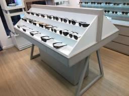 Expositor Móvel quiosque para Oculos/bolsas em MDF (pouco uso)