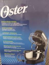 Batedeira Planetaria Oster ,750 watts , 110volts