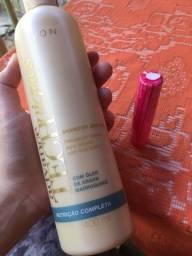 Kit Avon: shampoo + brilho labial