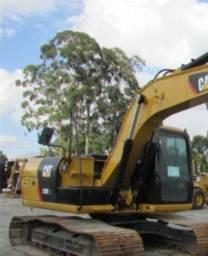 Escavadeira Cartepillar 312Dl ano 2013 com revisão de manutenção em dia