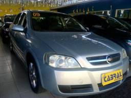 Astra Hatch 09 (super conservado) - 2009