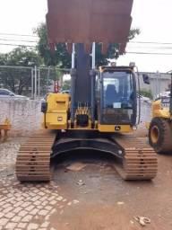 Escavadeira 210G