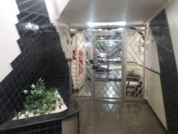 Excelente Apartamento Ed. Di Vitória Centro Maringá