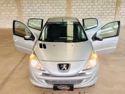 Peugeot 207 1.4 HB XR 2013 Novinho