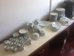Aparelho de jantar, café e chá porcelana da marca Renner