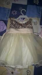 Vendo ou troco vestido de menina 1 ano