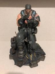 Estátua de Marcus Fenix - Gears of War 3 - Ed. Limitada