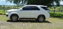 Hilux sw4 5 lugares