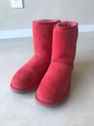 Bota UGG tam. 37 - cor vermelha