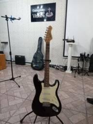Caixa e guitarra