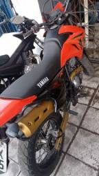 Título do anúncio: Xtz250 x  motard