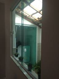 Vendo janela de blindex