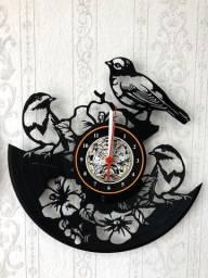 Relógio de parede, Pássaro e Flores, em vinil