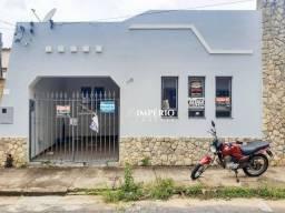 Casa para alugar por R$ 2.000,00/mês - Centro - Lavras/MG