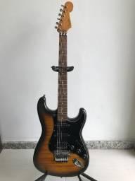 Guitarra Fender Stratocaster 50 Anos