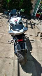 Moto Suzuki Srad 1000