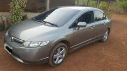 Honda Civic 1.8 Flex ano 2008 completo - 2008