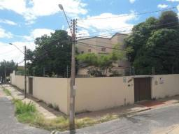 Casa comercial prox a Av. Miguel Rosa fala com Carol Lima
