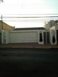 Casa à venda com 5 dormitórios em Centro, Jaboticabal cod:V5178