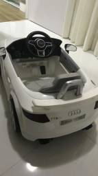 Audi tt eletrico infantil