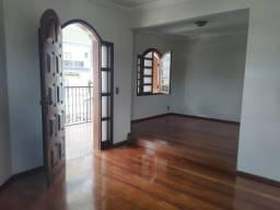 Casa 4 quartos 2 suites próximo ao Centro de Patos de Minas