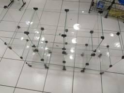 Expositor de vidro 1,25m x 1,00m