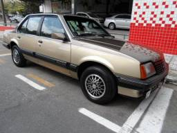 GM / Monza Classic 1.8 8V 1986 Marron