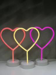 Luminária Abajur Coração Neon