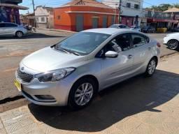 KIA Cerato sx3 ano 2014 cerato com 90 mil km Ribeirão Preto sp