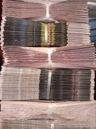 Jornal limpo de folhas grandes para vários fins