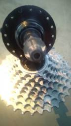 Título do anúncio: Cubo rosca para freio disco+catraca Gios 13x32