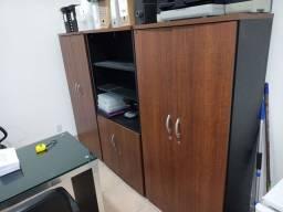 Título do anúncio: Conjunto de armários de escritório em excelente estado.