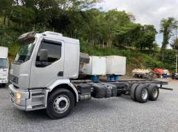 Volvo vm 330 6x2 chassis fs caminhoes