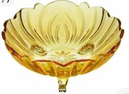 Título do anúncio: Centro de mesa/fruteira, em cristal,na cor ambar