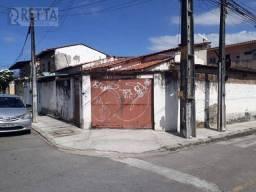 Casa com 3 dormitórios à venda, 86 m² por R$ 320.000 - Parangaba - Fortaleza/CE