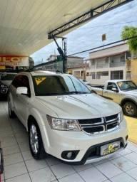 Título do anúncio: Dodge journey 2012 51 mil km nova