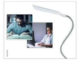 Título do anúncio: Mini Luminária Abajur Luz Noturna Led Pilha Leitura Portatil