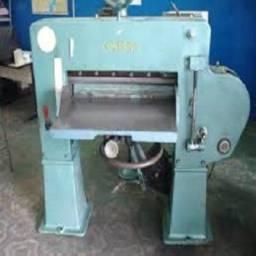 Máquina Guilhotina