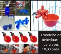 3 Modelos De Bebedouros Automáticos Para Aves