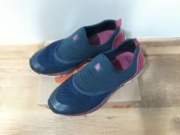 4 pares de sapatilhas e tênis número 35/36
